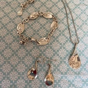 Brighton set of three gorgeous pieces